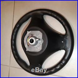 VOLANT BMW serie 1 et 3 E87 E81 E90 E91 E92 E93 SPORT CUIR TRES BON ETAT